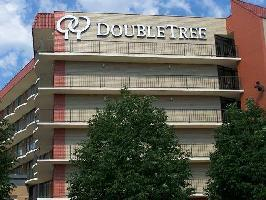 Doubletree Suites By Hilton Hotel Omaha
